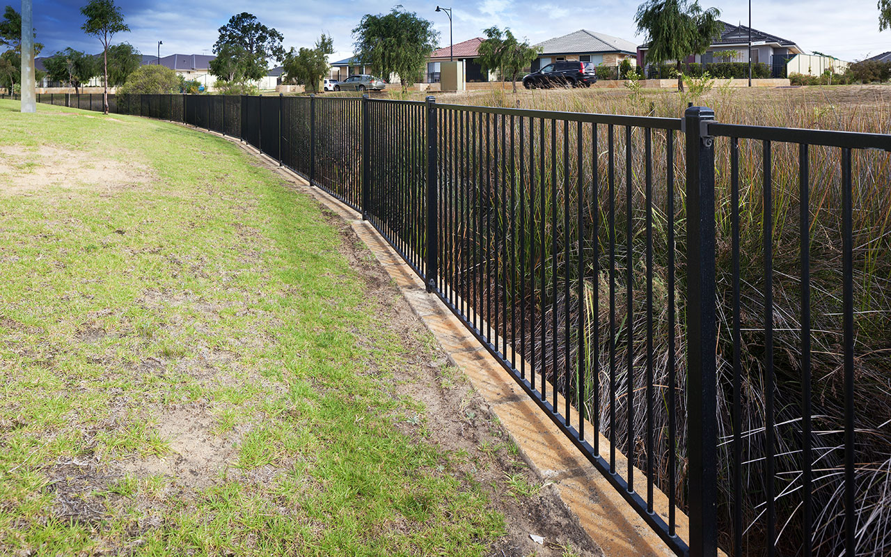 Tubular Steel Fencing, Playground Flat-top Tubular Fencing